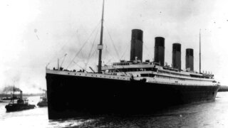 US challenges planned expedition to retrieve Titanic's radio