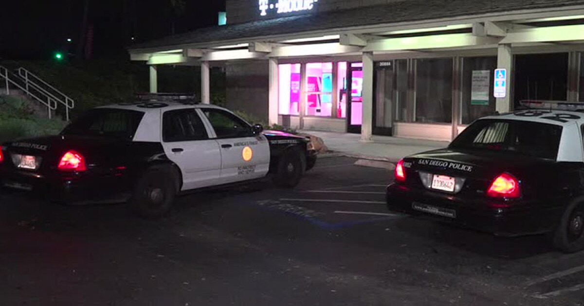 3 San Diego cell phone stores burglarized within one hour