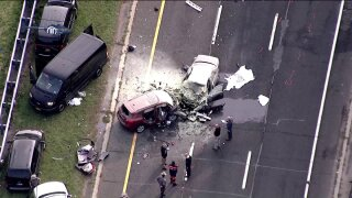 Deadly crash on Southern State Parkway on Long Island