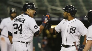 Candelario, Turnbull lead Tigers past Brewers