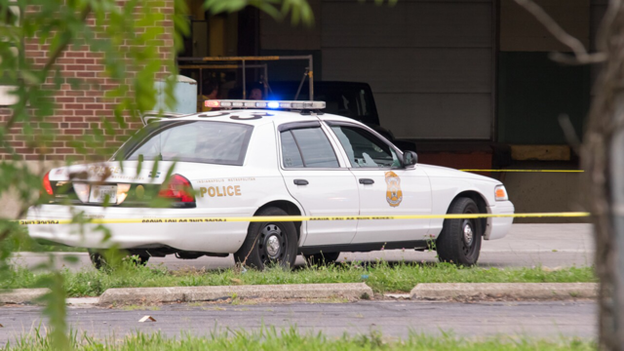 PHOTOS: Suspect fires shots at IMPD during chase