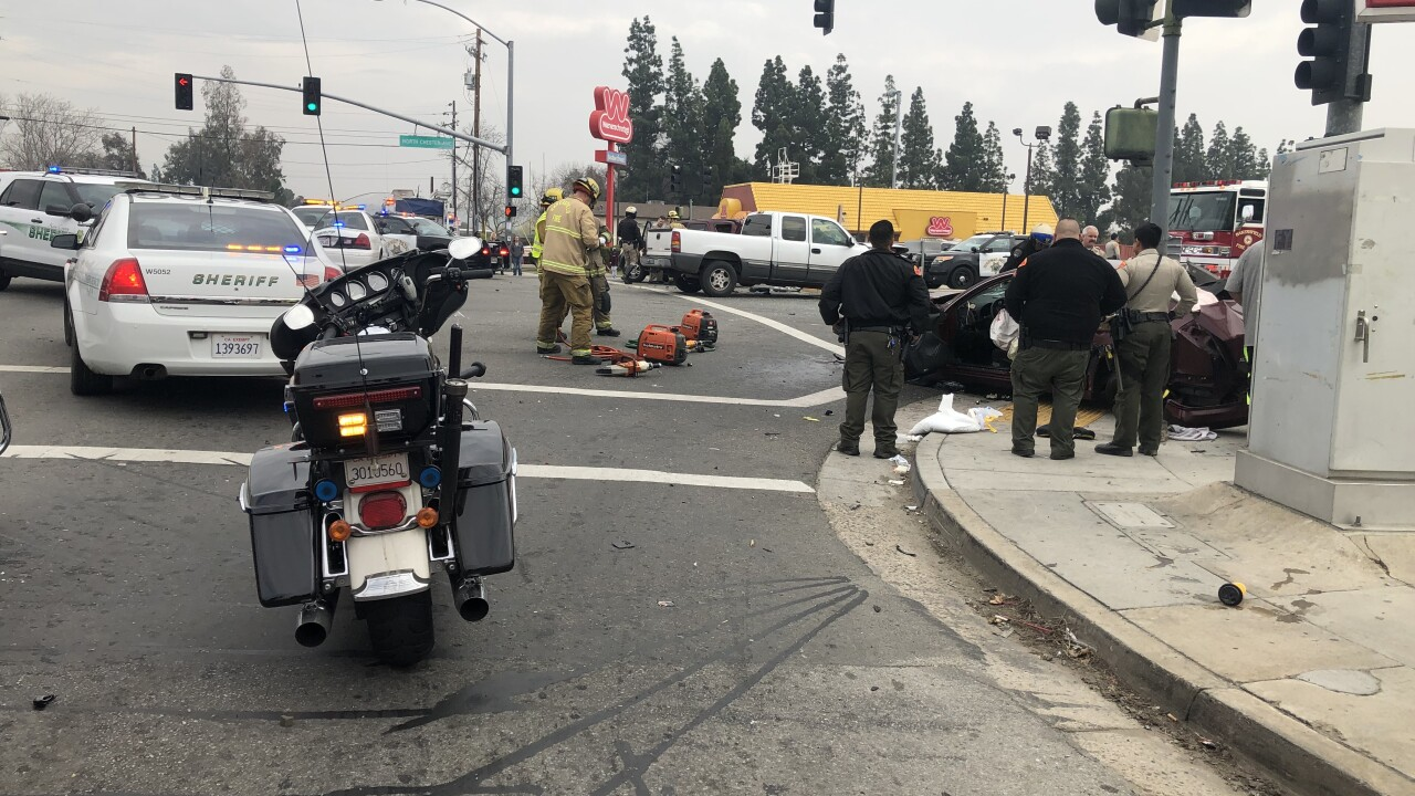 oildale major injury crash