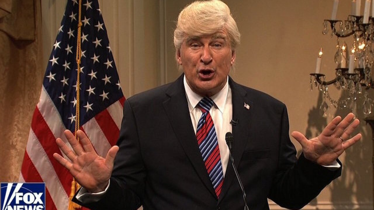 'SNL' returns to take shots at Donald Trump and Fox News