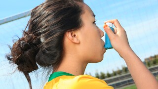 How to manage asthma while playing sports