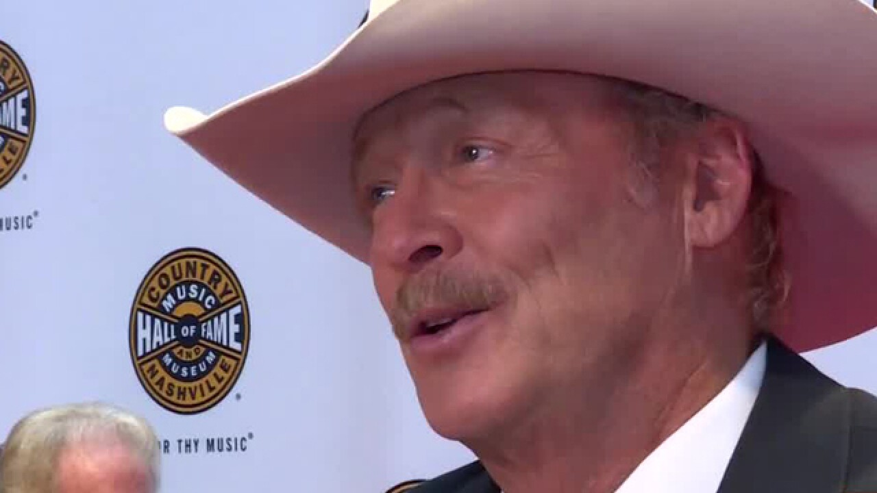 3 Country Artists Inducted Into Hall Of Fame