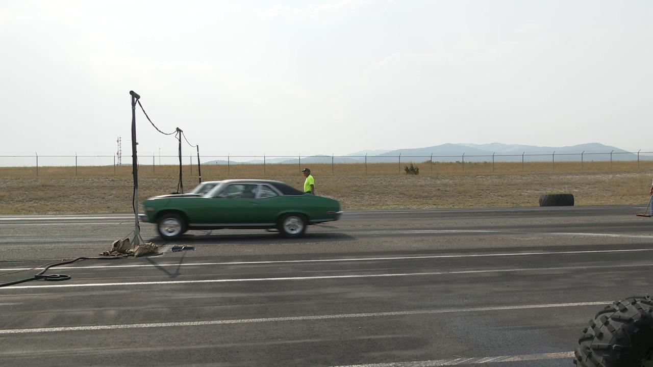 Fall Drag Car Race