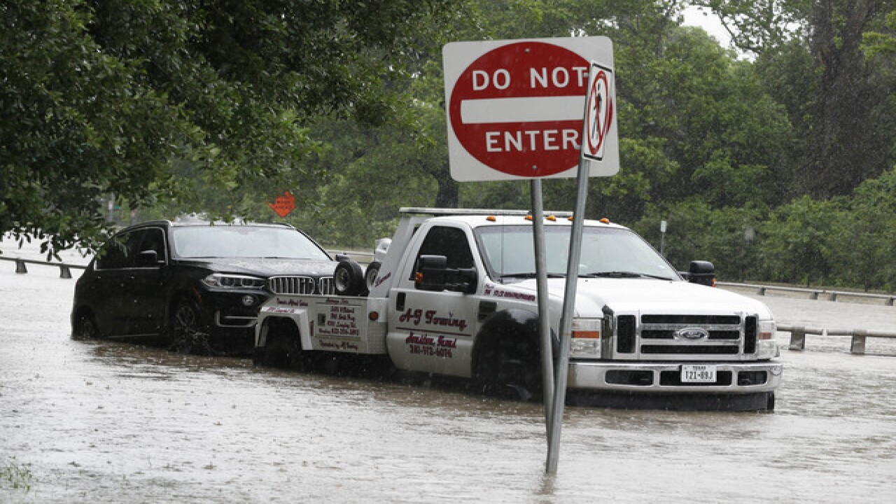 PHOTOS: 4 killed, 900 rescued from SW flooding