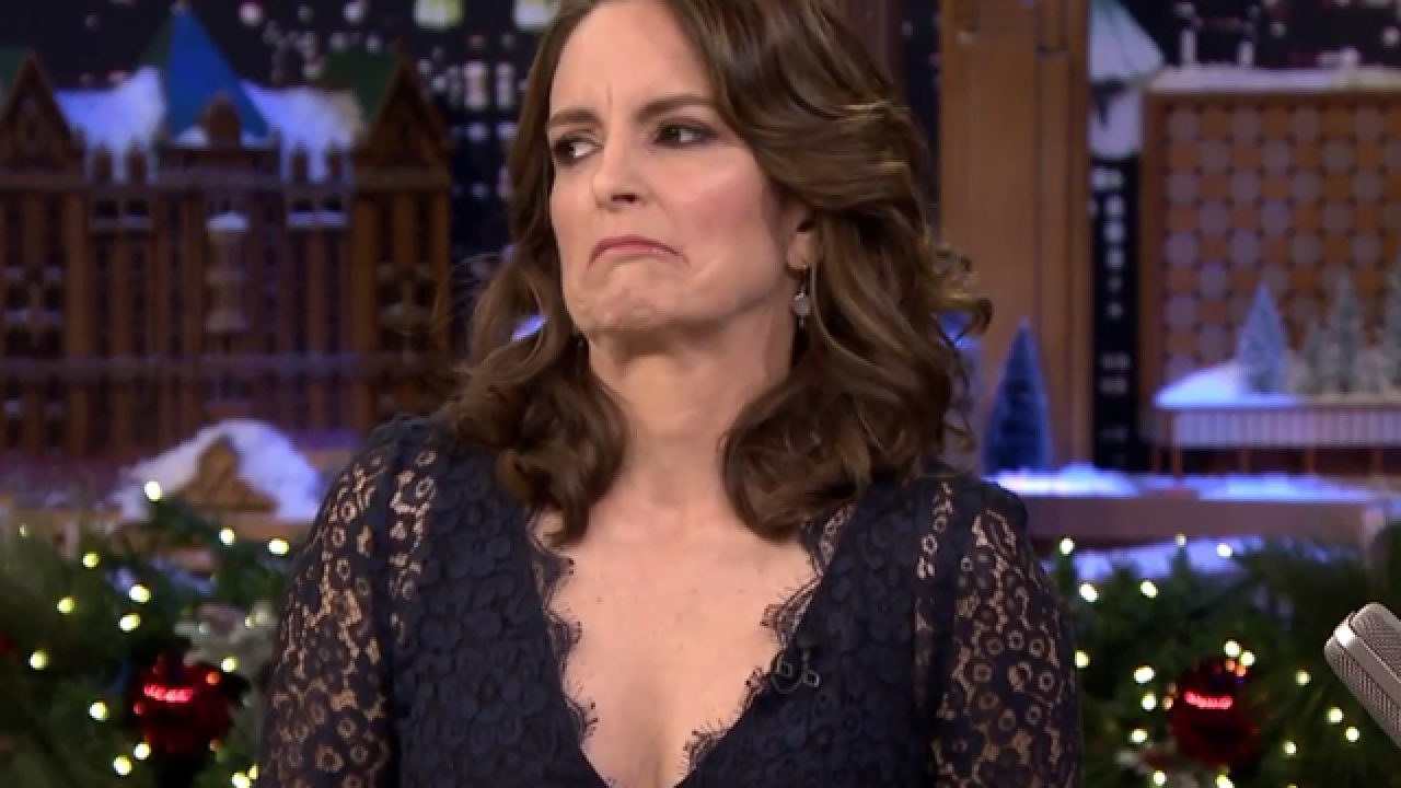 WATCH: Tina Fey, Ellie Kemper react to Bill Cosby joke at Emmys