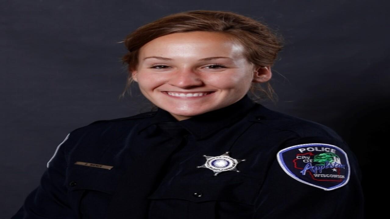 Officer shot in Appleton shootout