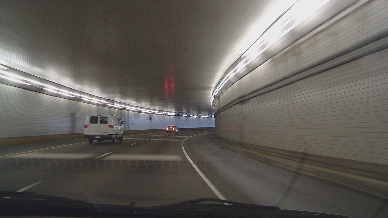 Lytle_Tunnel_Inside.JPG
