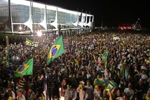 Brazil judge sees efforts to curry favor for ex-president