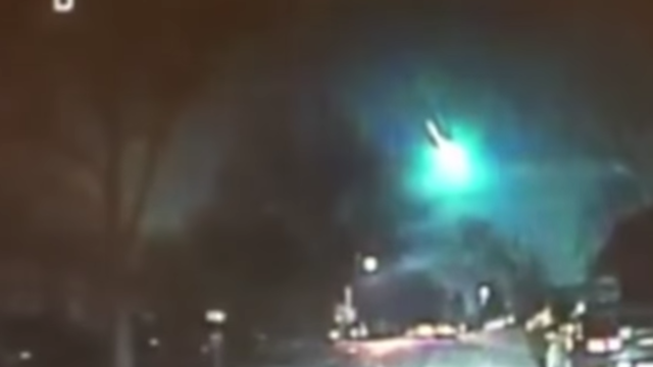 Meteor seen flying over Illinois, Wisconsin was 'size of a minivan,' report says