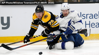 tyler-johnson-tampa-bay-lightning-boston-bruins-ap.png