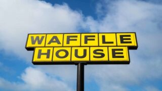 Some Waffle House Restaurants Are Taking Reservations For Valentine's Day