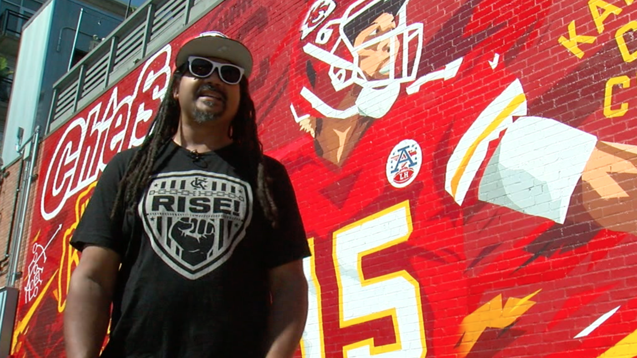 SikeStyle and Mahomes mural.png