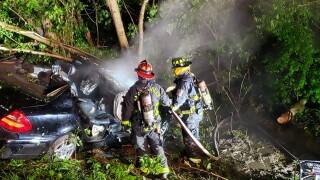 vehiclefire0504.jpg