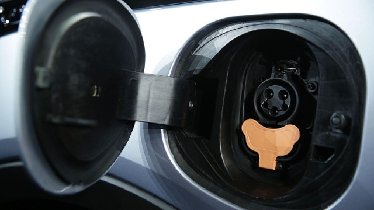 Lawmakers Announce Clean Mobility Legislation