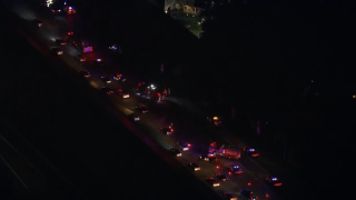 sb i-5 sr-905 crash 11_25_2020_2.png