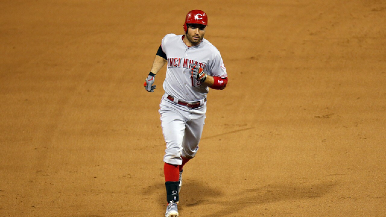 Joey Votto powers Reds past reeling Pirates 8-7