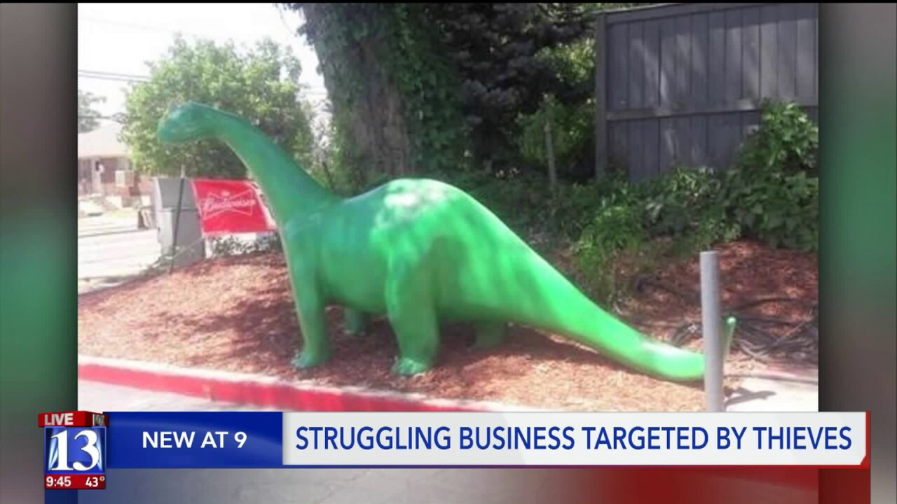 7-foot long Sinclair Dino stolen from small business in wake of constructionpains