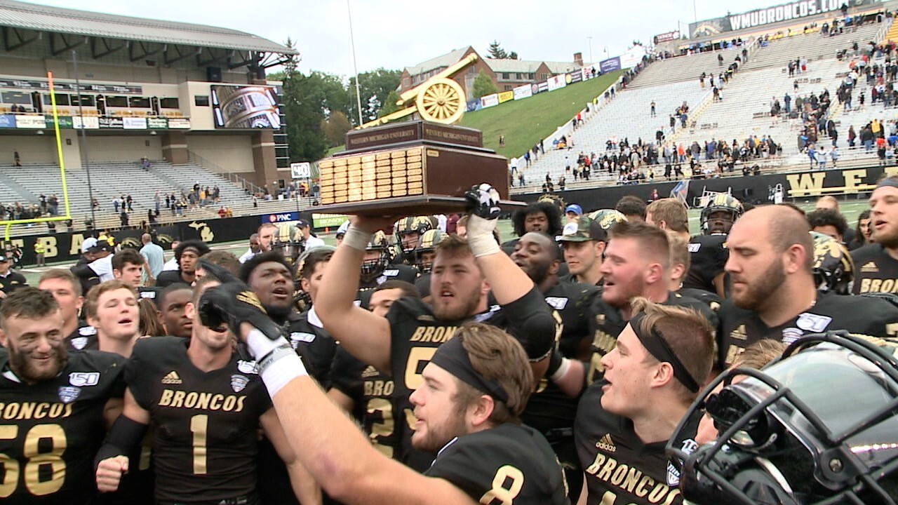 Wassink, Broncos cruise past CMU to retain Victory Cannon