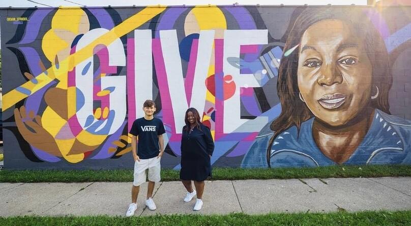 The mural Evan Struck painted for Brenda Hughes