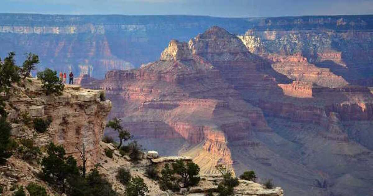 Woman dies after falling at Grand Canyon's Mather Point