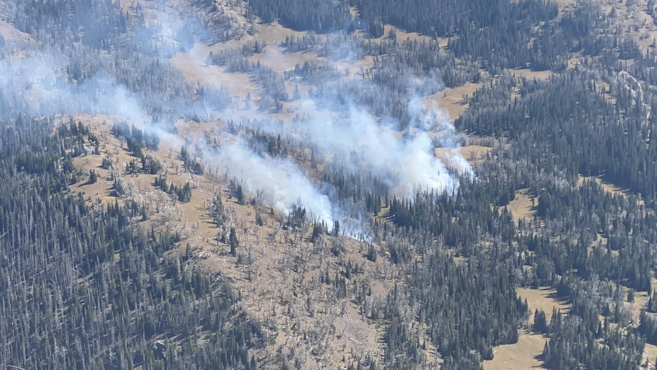 Wildfire sparks in southern Gravelly Range, Forest Service notifying archery hunters
