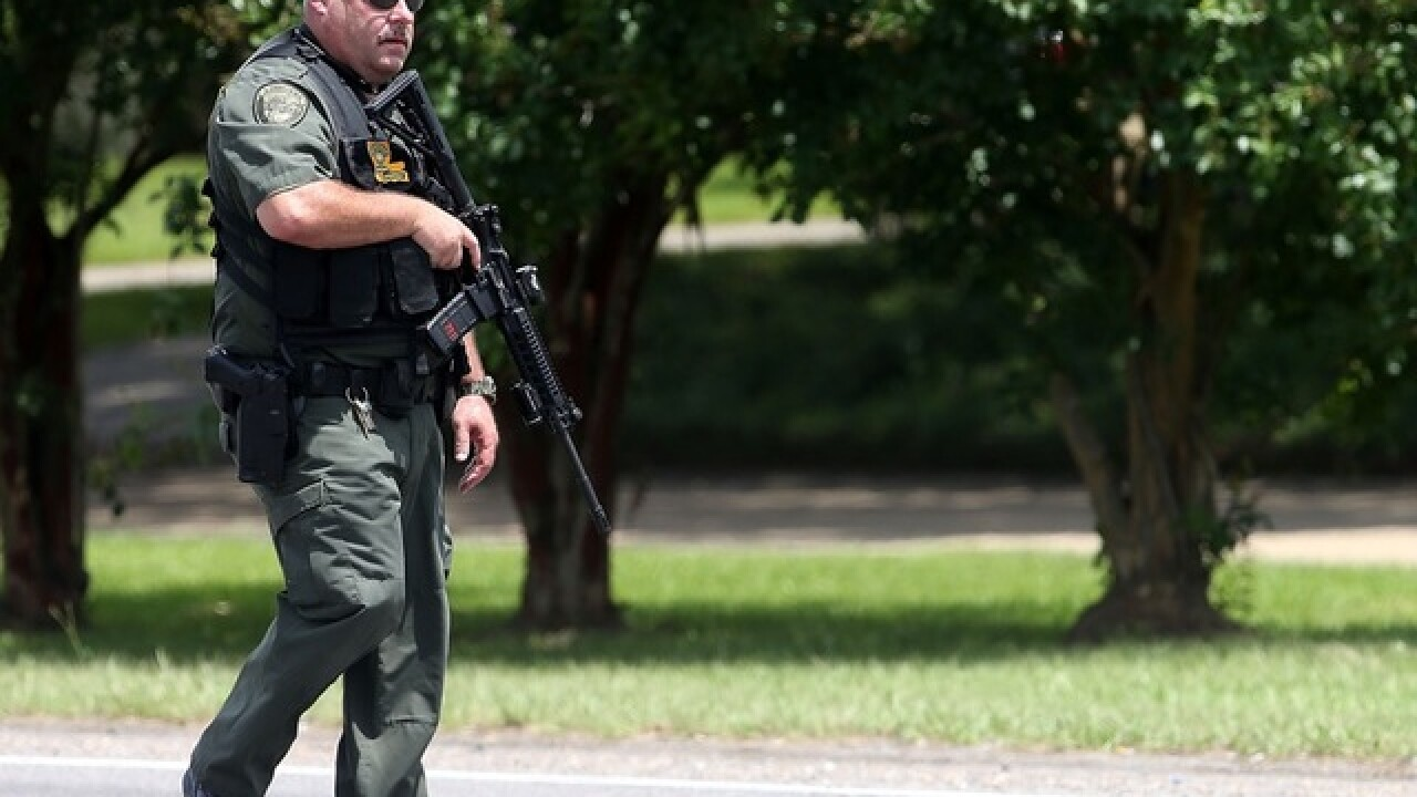 More than 1 officer shot in Baton Rouge