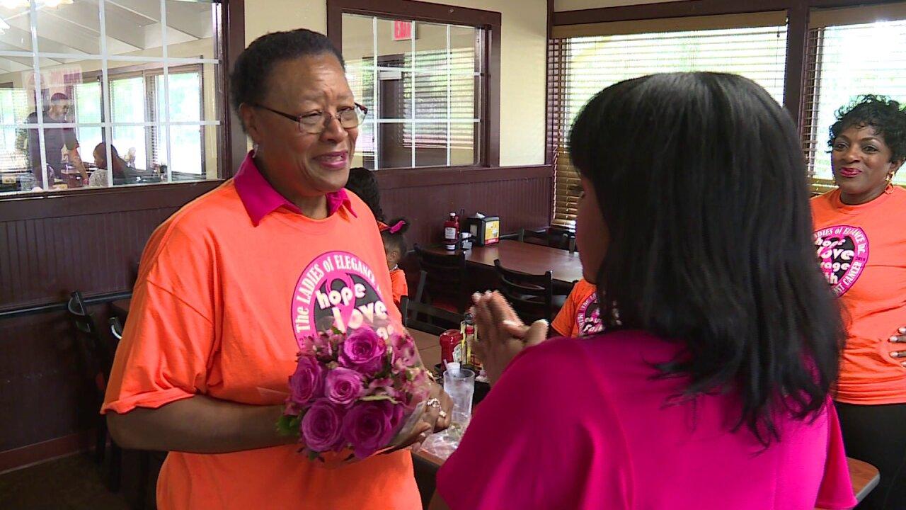 Reba surprises breast cancer survivor with 'Making Strides'donation