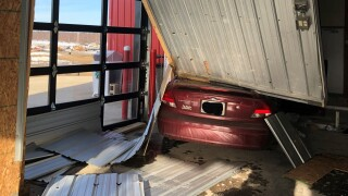 Lakeview crash photo 3-7-21.jpg