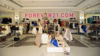 Forever 21 files for bankruptcy, intends to close up to 178stores