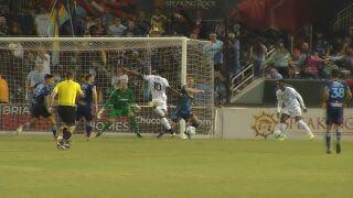 Barry ties USL Championship scoring record in road loss to El Paso Locomotive FC