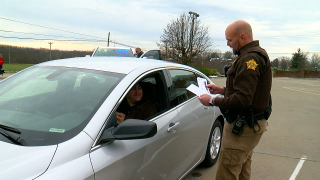 Grant County deputies give gift cards instead of traffic tickets.png