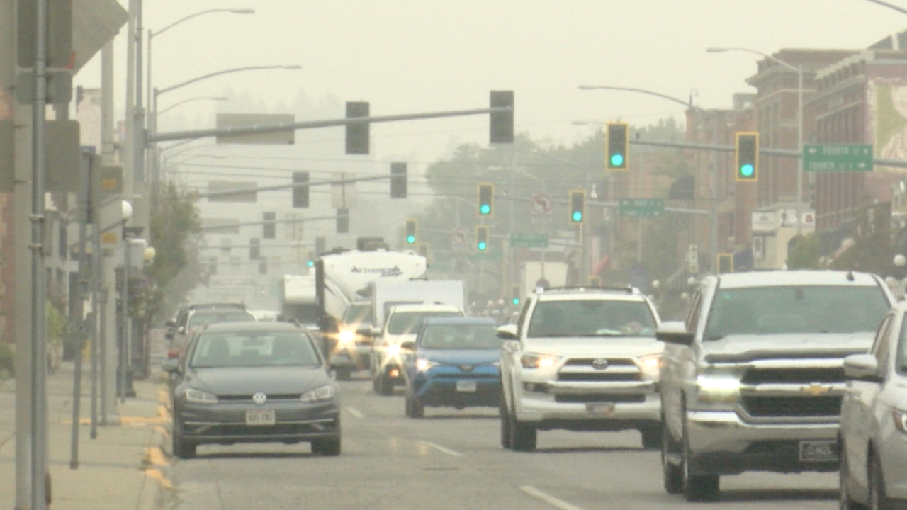 Health officials warn of overlap in symptoms between COVID-19 and wildfire smoke inhalation