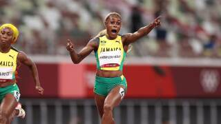 Thompson-Herah defends Olympic 100m title in 10.61, Jamaican sweep
