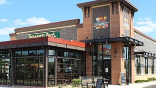 Primanti Brothers Restaurant and Bar offers freebies to mark grand opening of new location