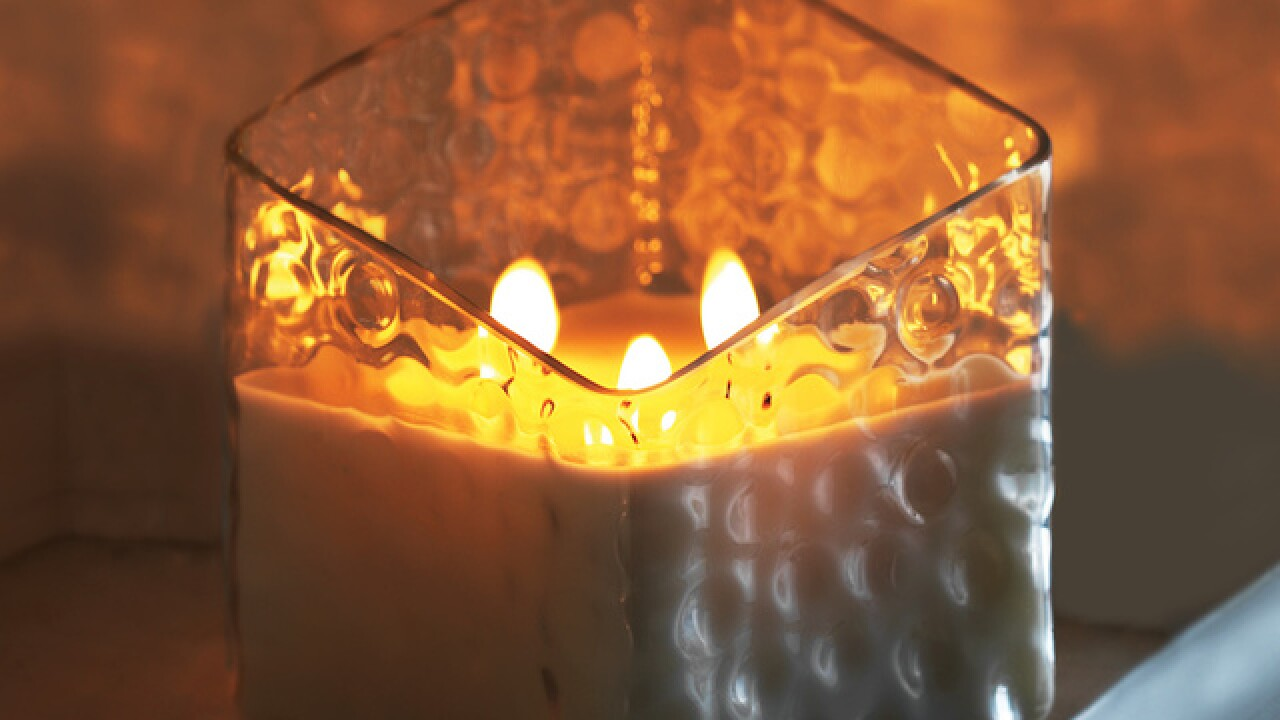Yankee Candle recalls 31,000 candles due to glass cracking