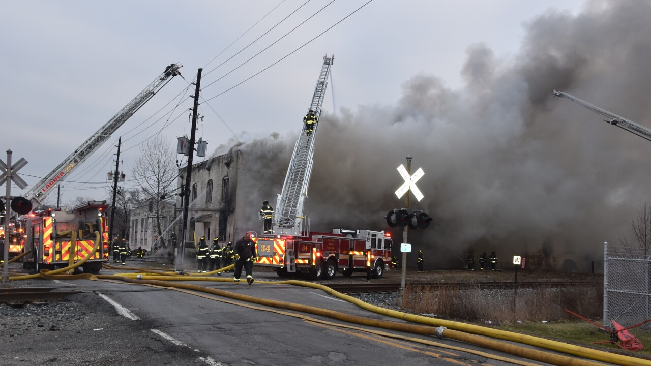 east sumner ave fire 1.JPG