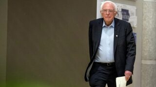 In reversal, Clinton says she'd back Sanders if he'snominee