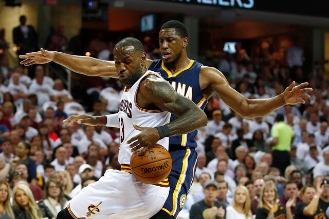 PHOTOS: Pacers lose Game 2 to Cavs, 117-111