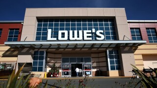 Your kids will love this free Valentine's Day crafting event at Lowe's