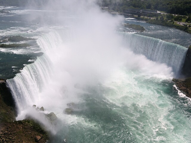 Man's body found after failed Niagara Falls drop