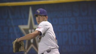 Henry gets start for LSU in game one