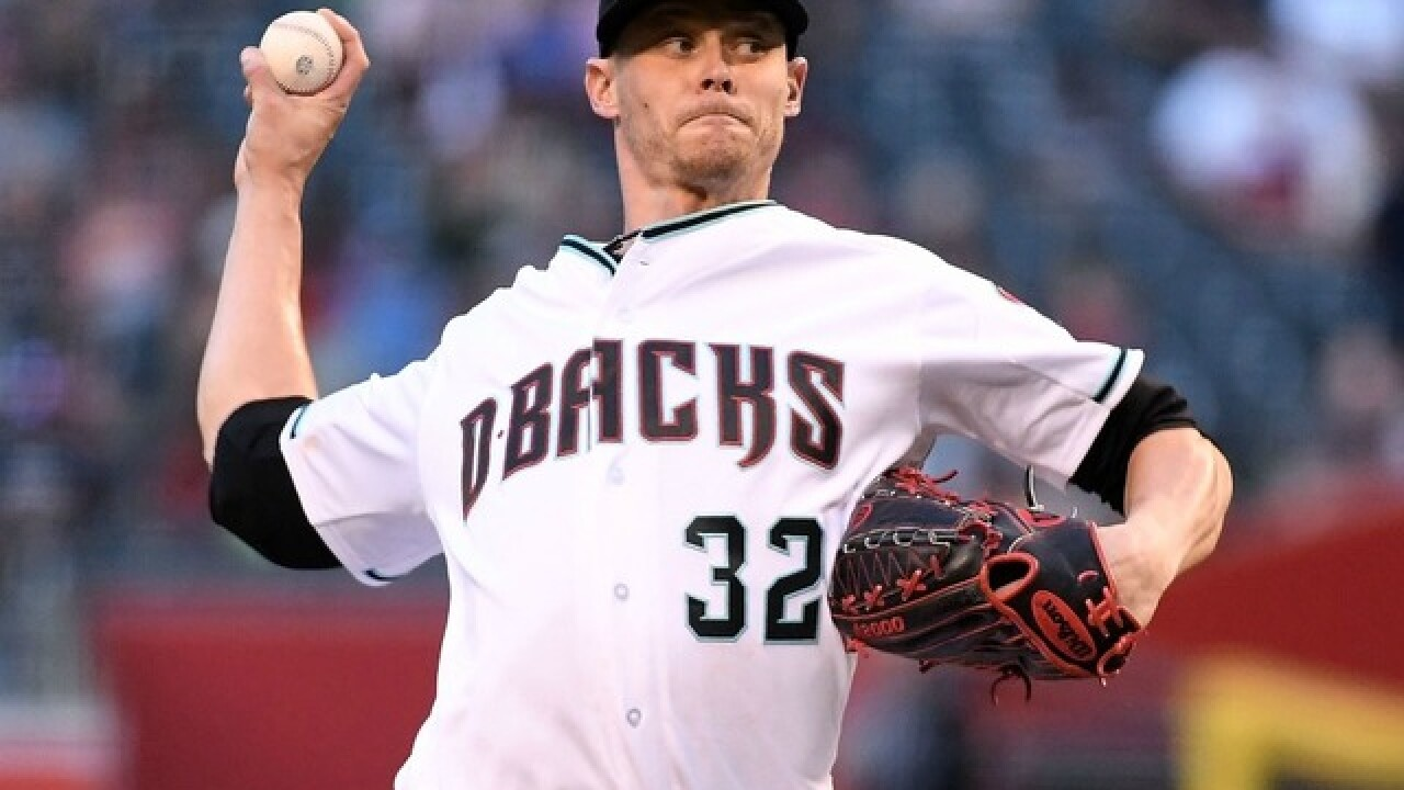 President Trump introduced Diamondbacks pitcher Clay Buchholz to his future wife