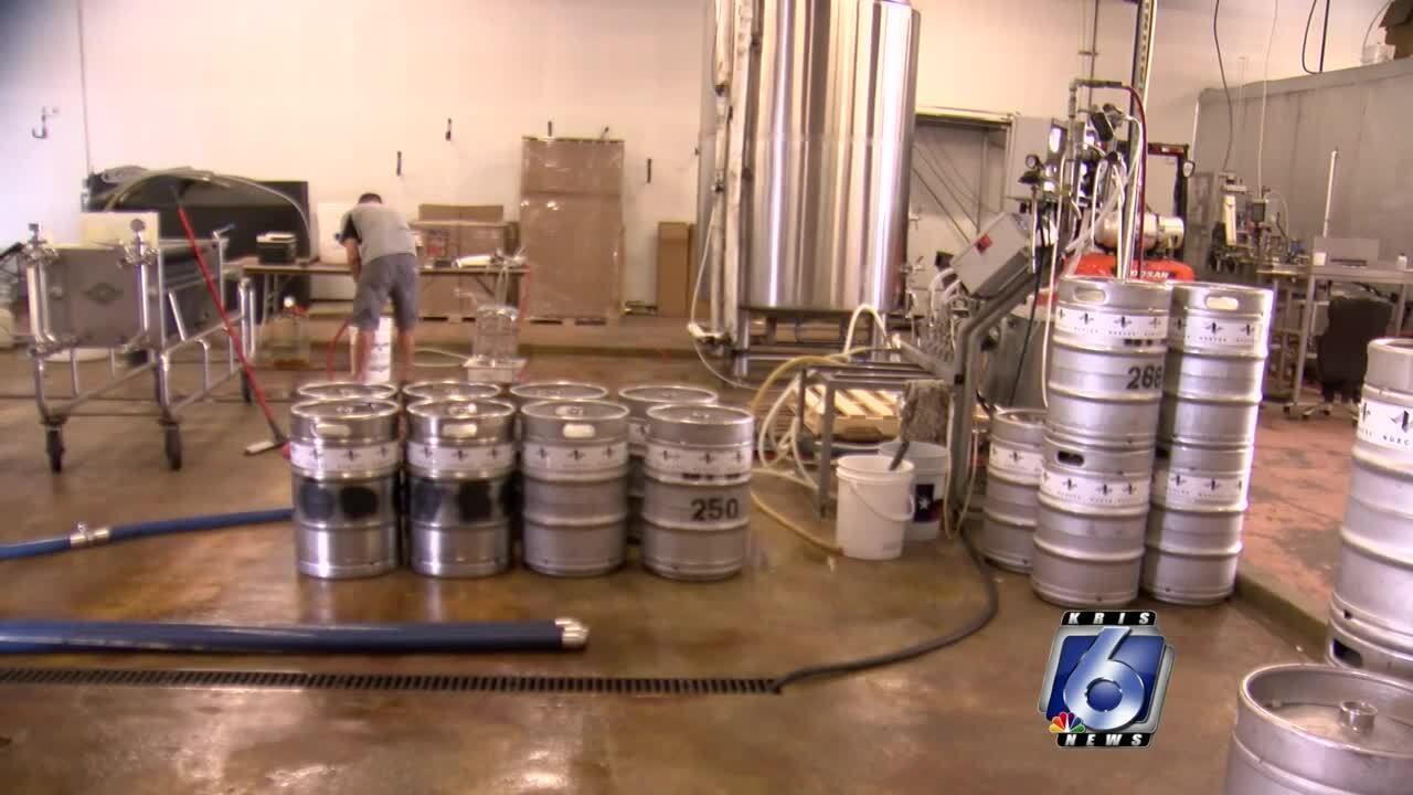 Nueces Brewing Company beer 0916.jpg