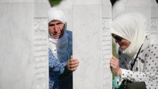 srebrenica massacre 25 years.png