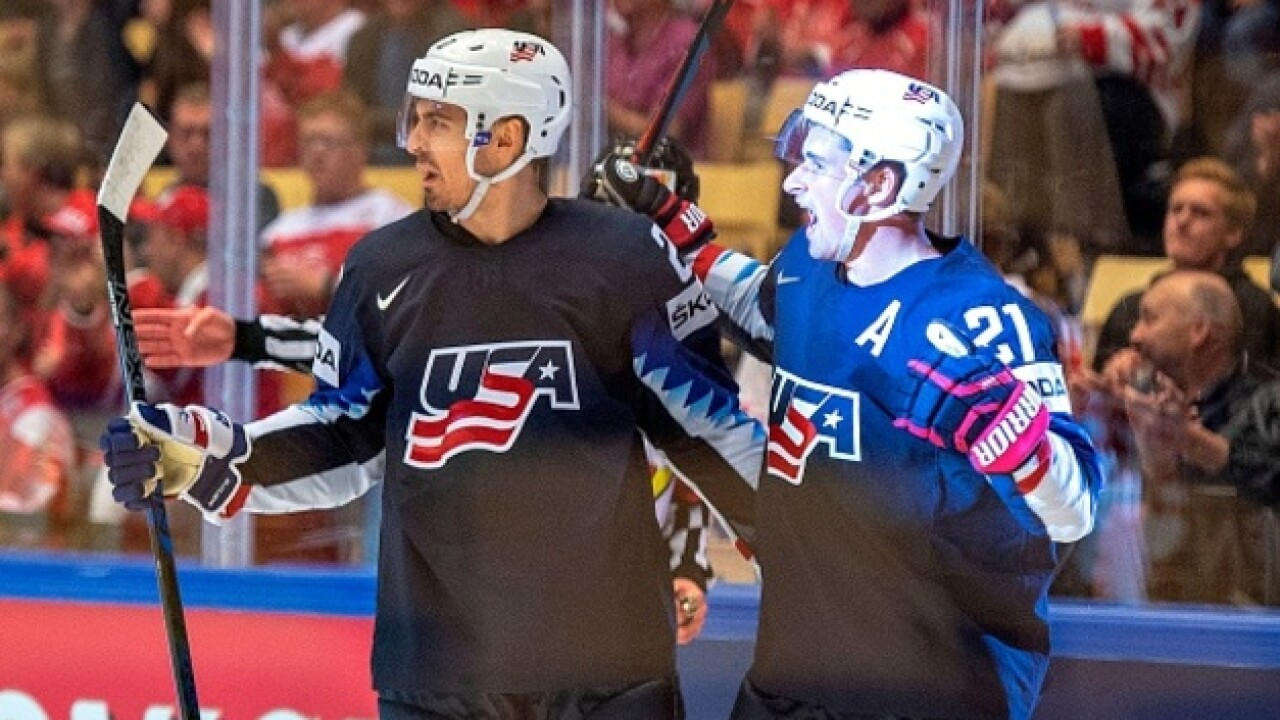 Larkin scores twice in USA's win over Canada
