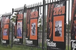Manhattan paints the town orange for graduating seniors