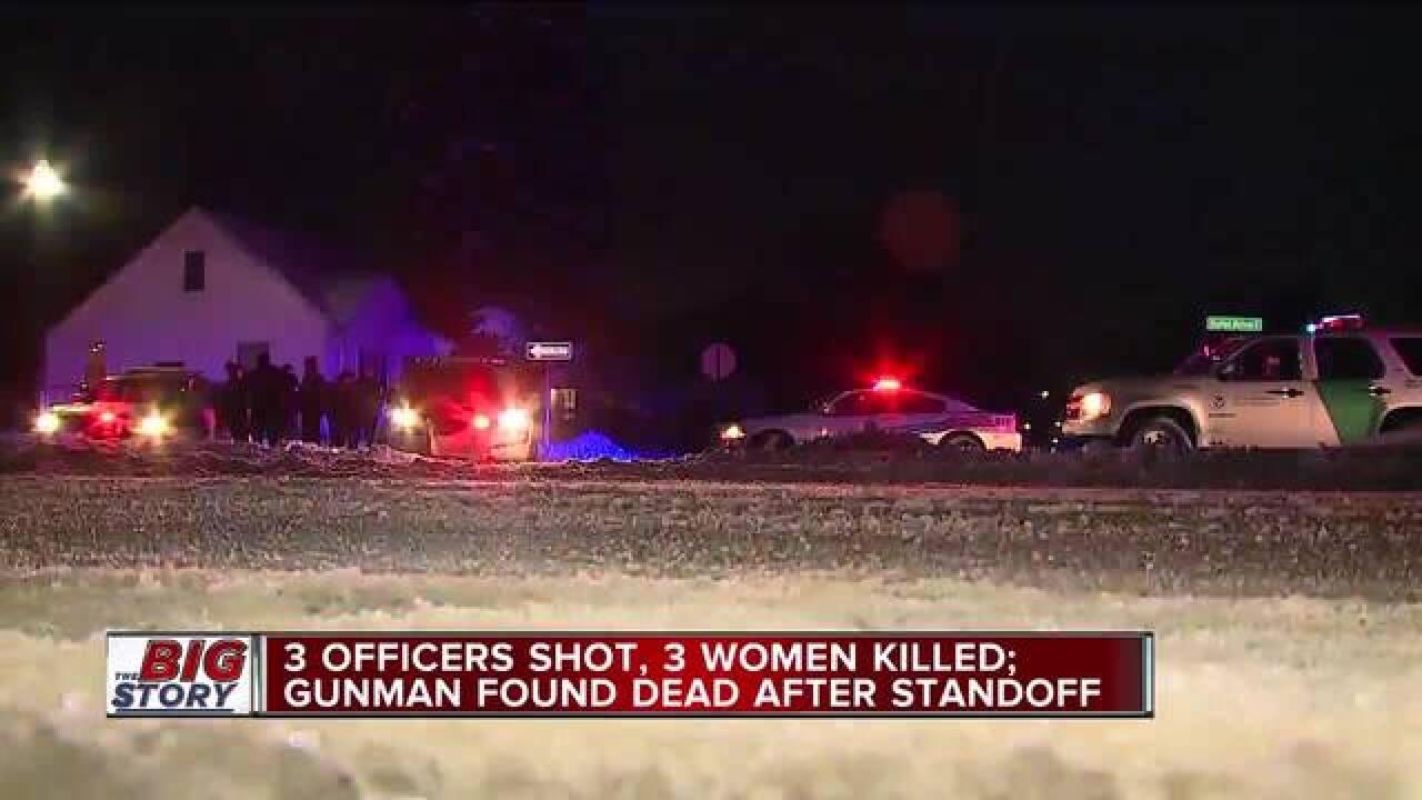 Detroit police officer shot in the knee